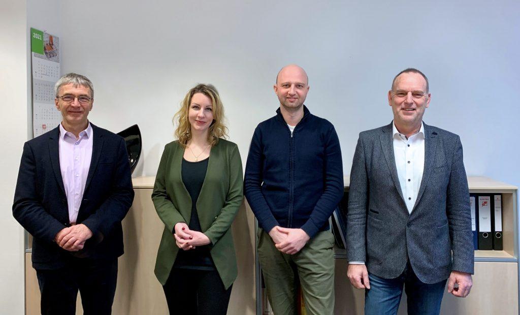 se.services Geschäftsführerübergabe, Marina Schöning, Phillip Mally, Thomas Troppens und Thomas Audien
